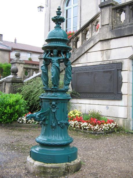 Fontaine Wallace à Souilly dans la Meuse